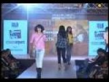 Anjaana Anjaani Fashion Show By Manish Malhotra Priyanka Chopra 02