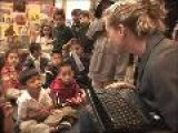Kerri Walsh Visits School With Her Foundation & Lenovo