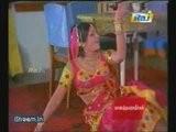 Jayamalini Gyrates Her Hips To 'Uravum Undu…'