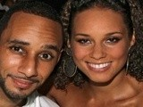 E! News Now Alicia Keys Gets Hitched