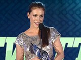 Do Something Awards: Alyssa Milano Wins The Do Something Twitter Award