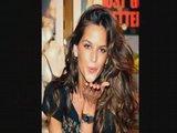 Izabel Goulart Amor Voces