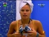 Big Brother Brasil 8 Natalia Pagando Peitinho