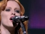 Karen Elson : The Ghost Who Walks - LIVE -