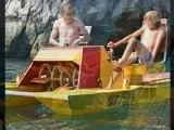 Vladik Im Tretboot