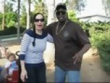 Octomom Hooks Up With Comic From YouTube DISCOSEAN21