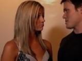 Access Hollywood - Amanda Seyfried & Julianne Moore On Their Racy Sex Scene In 'Chloe'