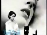Love Chain: Alyssa Milano - 1